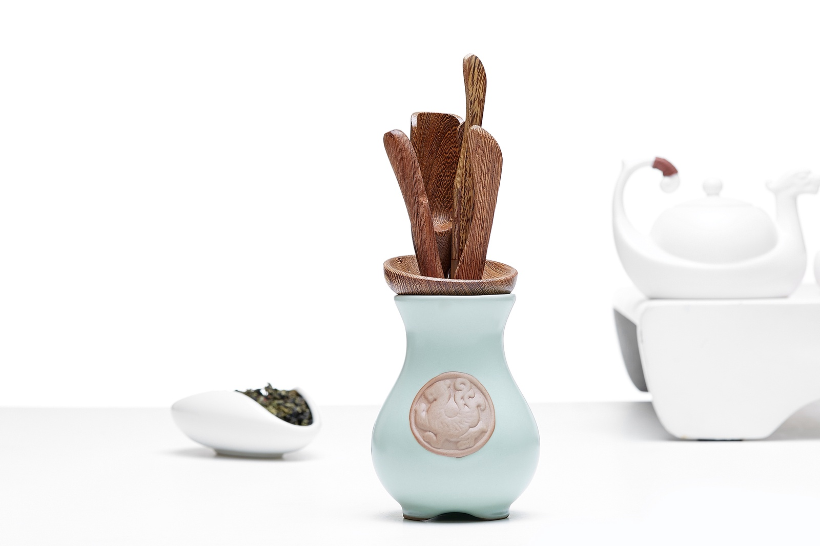 Набор чайных инструментов: ложка, игла, щипцы, воронка, лопатка, подставка