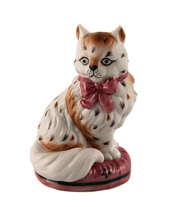 Статуэтка Кошка из серии The Curio Cabinet Cats Collection. Фарфор, роспись. The Franklin Mint, США, конец XX века статуэтка из нефрита