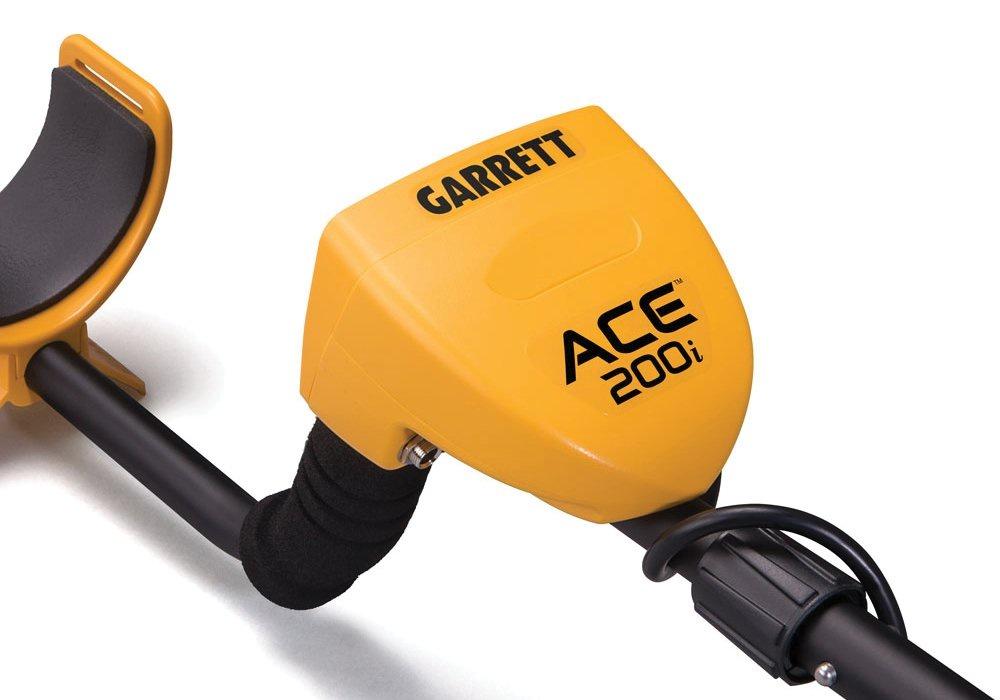 Metalloiskatelq-Garrett-Ace-200i-s-chehlom-na-blok-upravleniya-155335114