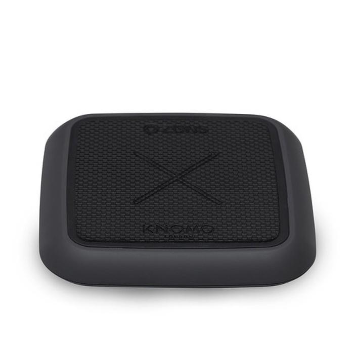 Беспроводное зарядное устройство Knomo x Zen's Solo Pad Charger. Цвет черный. беспроводное зарядное устройство qcyber mobile qw pad коврик для мыши black