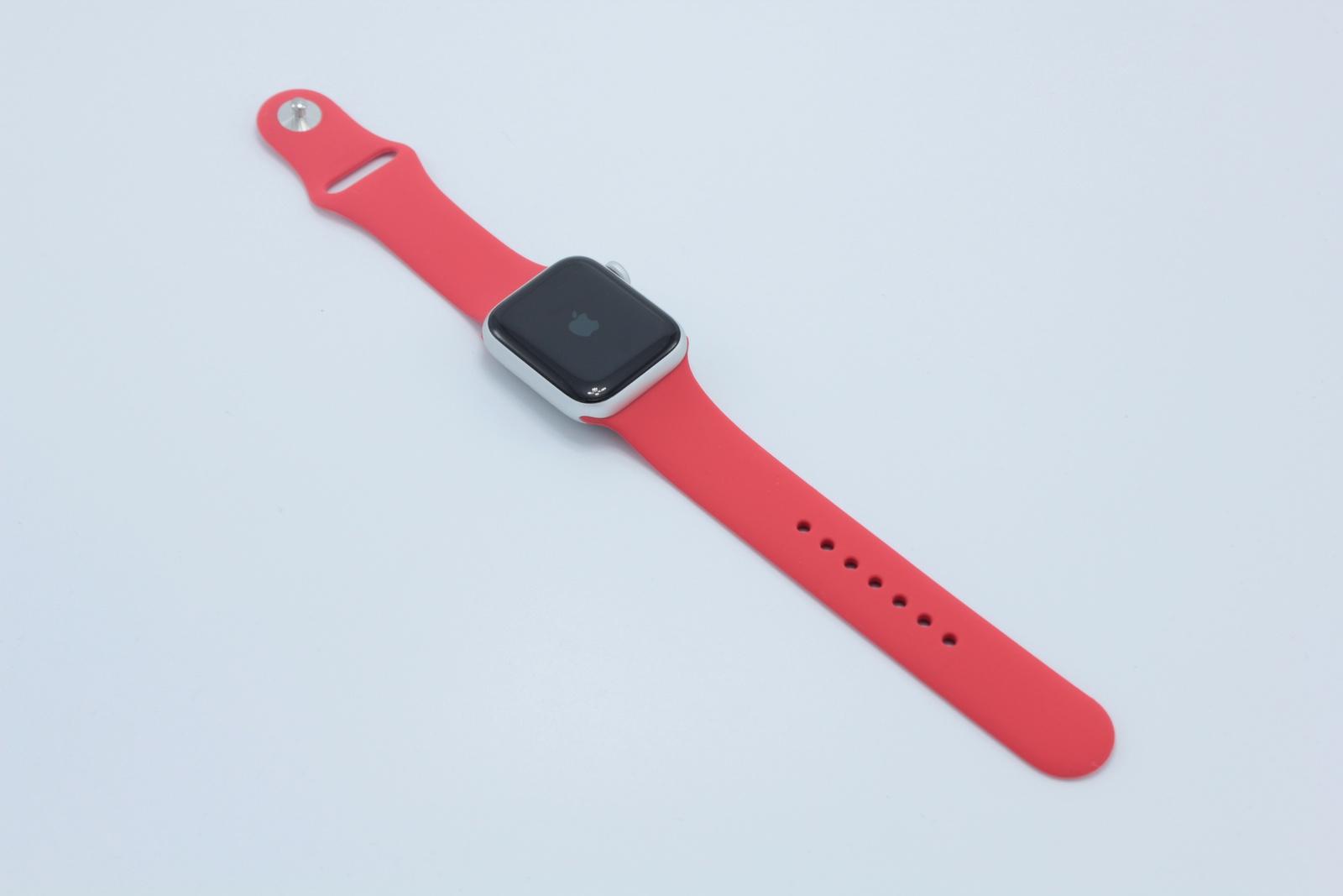 Ремешок силиконовый для Apple Watch 38/40 мм красный однотонный ремешок dbramante1928 mode madrid для apple watch 38 мм темно розовый