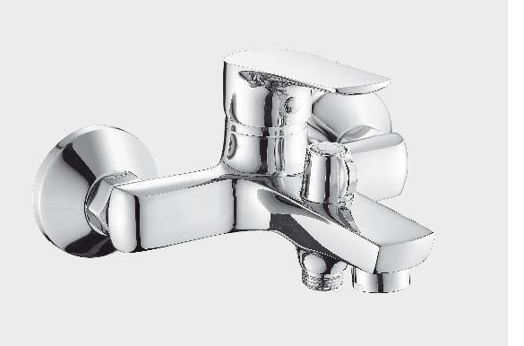 цены на Смеситель для ванны OUTE T20102  в интернет-магазинах