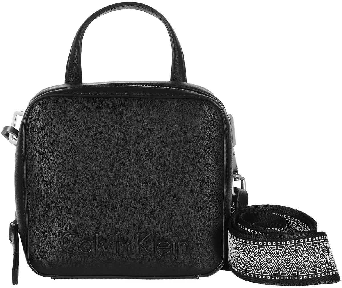 a62e14faf928 Сумка женская Calvin Klein Jeans, цвет: черный. K60K604002/0010 — купить в  интернет-магазине OZON.ru с быстрой доставкой