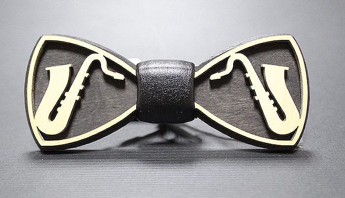 Бабочка Blackbow #1