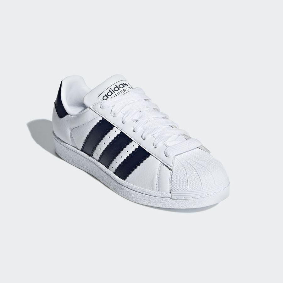 4bad77c7 Кеды adidas Superstar — купить в интернет-магазине OZON.ru с быстрой  доставкой