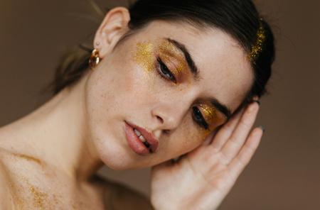 -25% от 2-х продуктов для макияжа