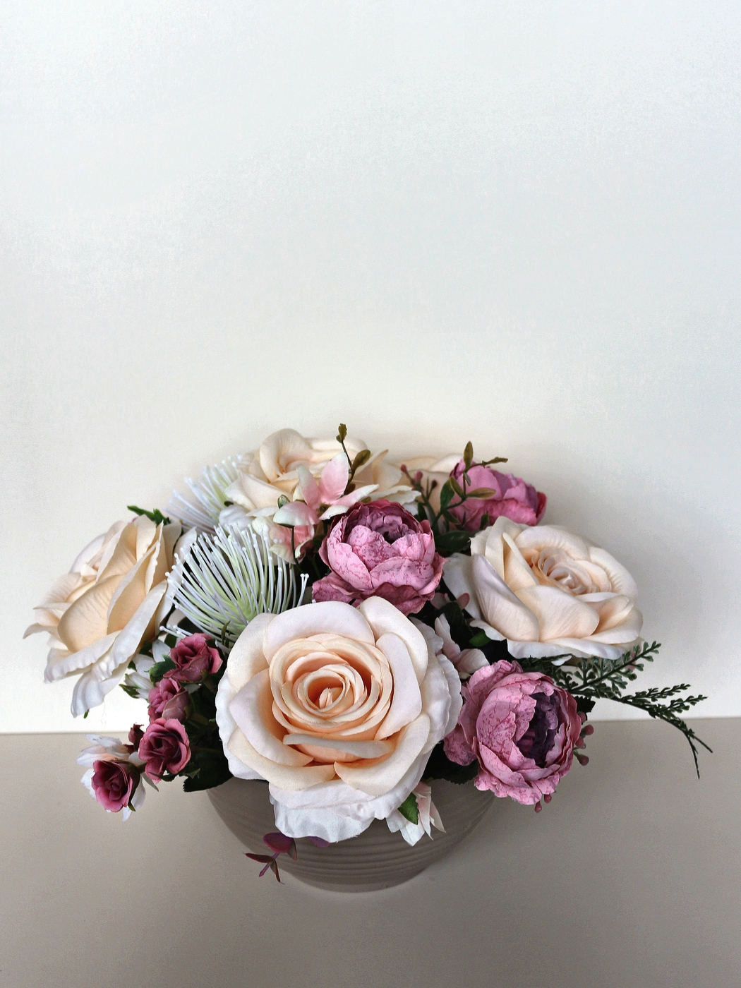 Искусственные растения Композиция Верона композиция из 555 роз магия любви