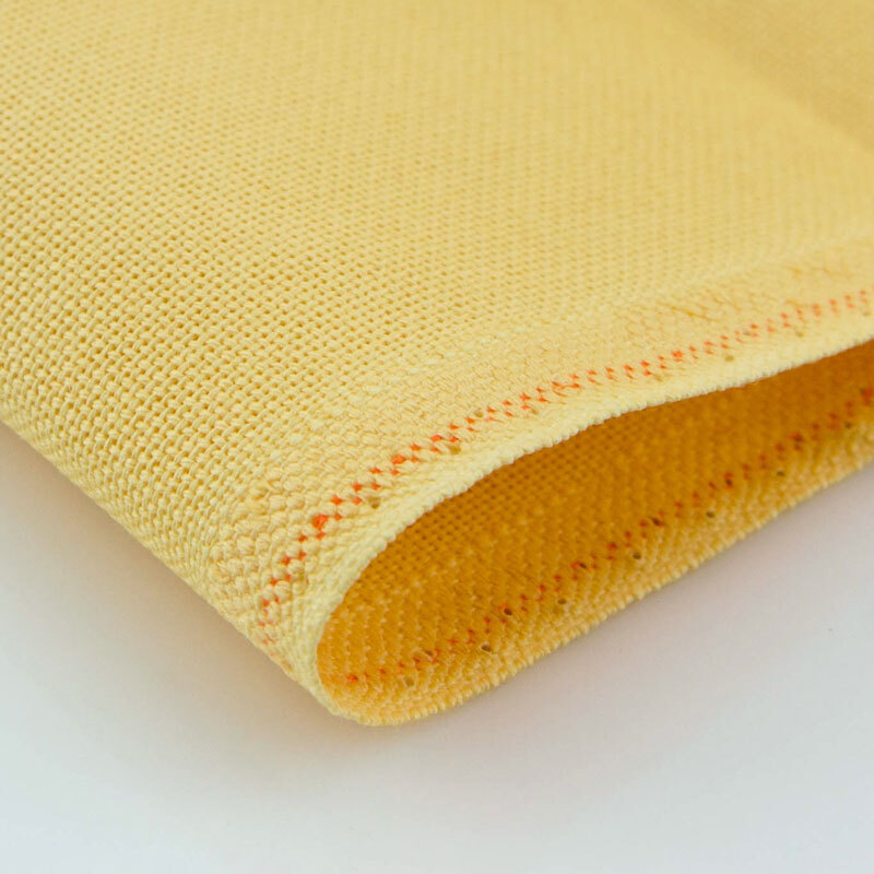 Канва ZWEIGART Lugana 25 ct. (цвет-205 бледно-желтый, 52% хлопок, 48% вискоза, 35x50 см.) цена и фото
