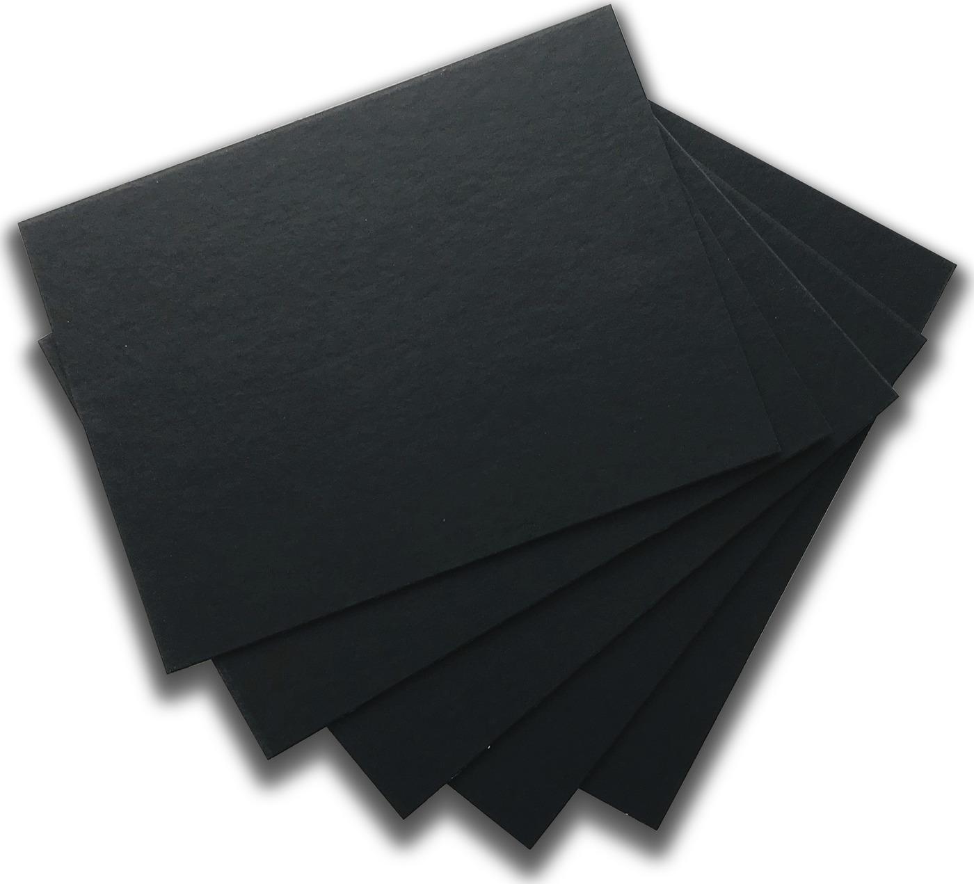Черный картон, крашенный в массе, толщина 1,25мм, 30х40см, 880 г/м2, 5 шт