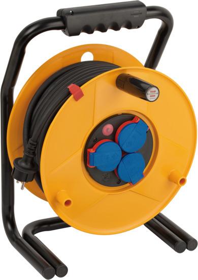 1318930 Brennenstuhl удлинитель на катушке Brobusta, 40м., 3 розетки, черный кабель 1,5мм2, IP44, пластик