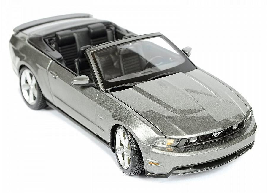 "Maisto ""Машинка - Ford Mustang GT Convertible 2010г 1:18"" цвет мокрого асфальта"