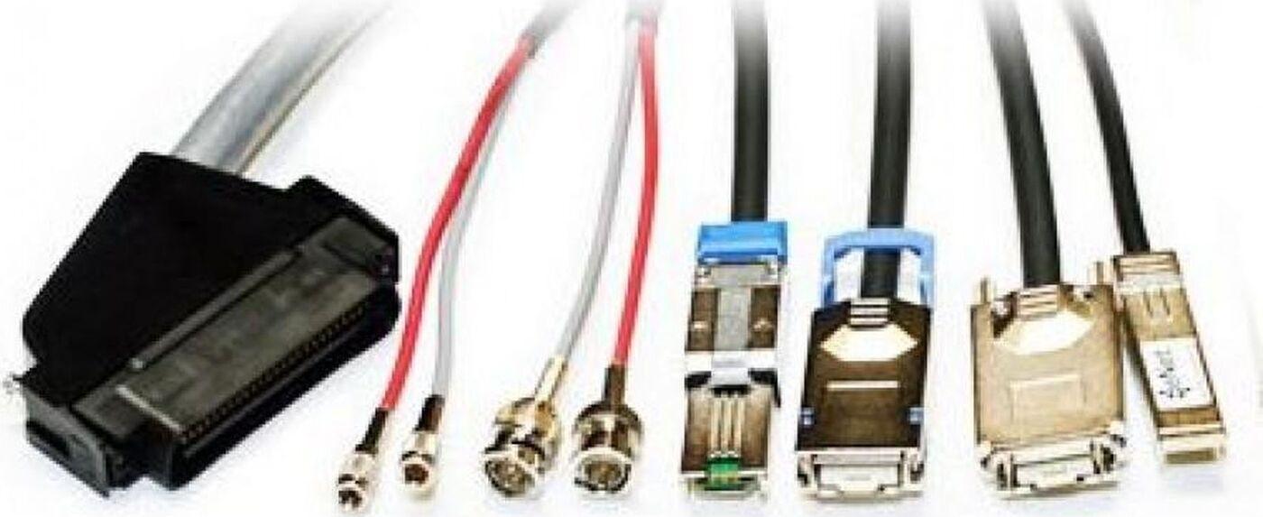 Кабель Lenovo LC-LC OM3 MMF 3m (00MN505) кабель kvm lenovo 3m msas hd to msas hd 00mj180