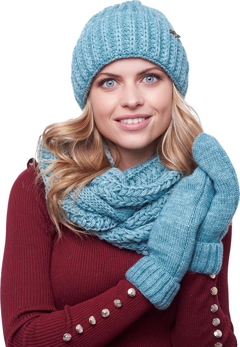 лакомство к синей парке шапка и шарф фото волнительный день для