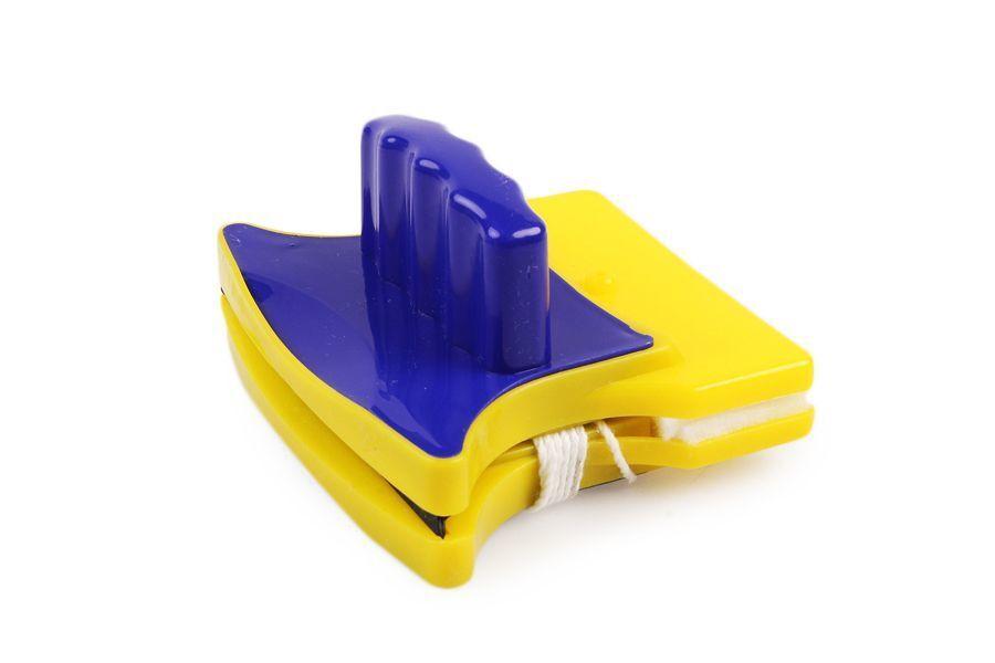 MAGNETIC BRUSH Магнитная щетка для мытья окон