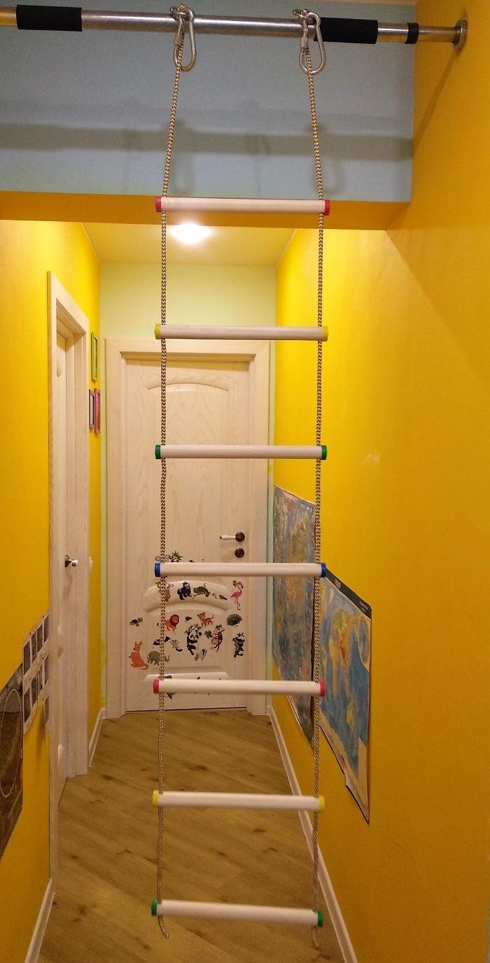Лестница веревочная (164 х 32 см) и КАРАБИНАМИ (2 штуки, 10 см), березовые перекладины (7 ступенек) для крепления детской лесенки (лестница деревянная, лестница координационная, веревочная лестница детская, лесенка спортивная)