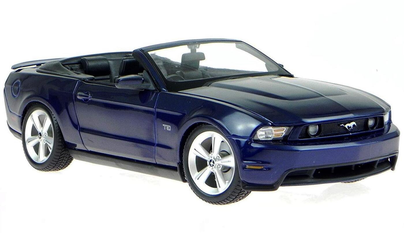"Maisto ""Машинка темно синяя - Ford Mustang GT Convertible 2010г 1:18"""