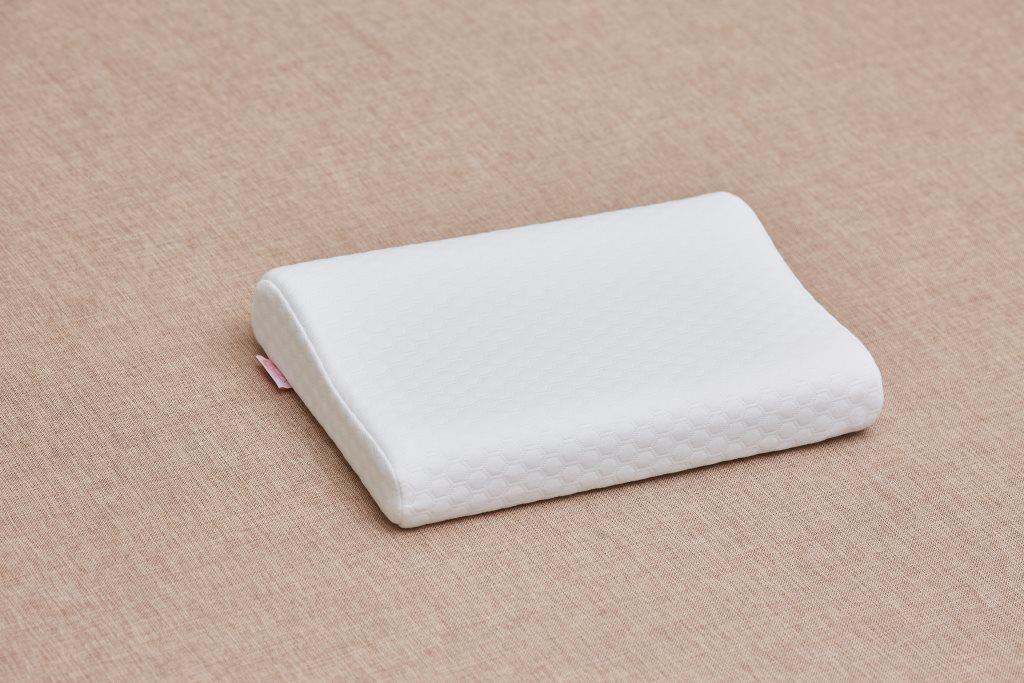 Детская анатомическая подушка от 3 лет ComfortExpert 40*26*7/5 с валиком (Белая)