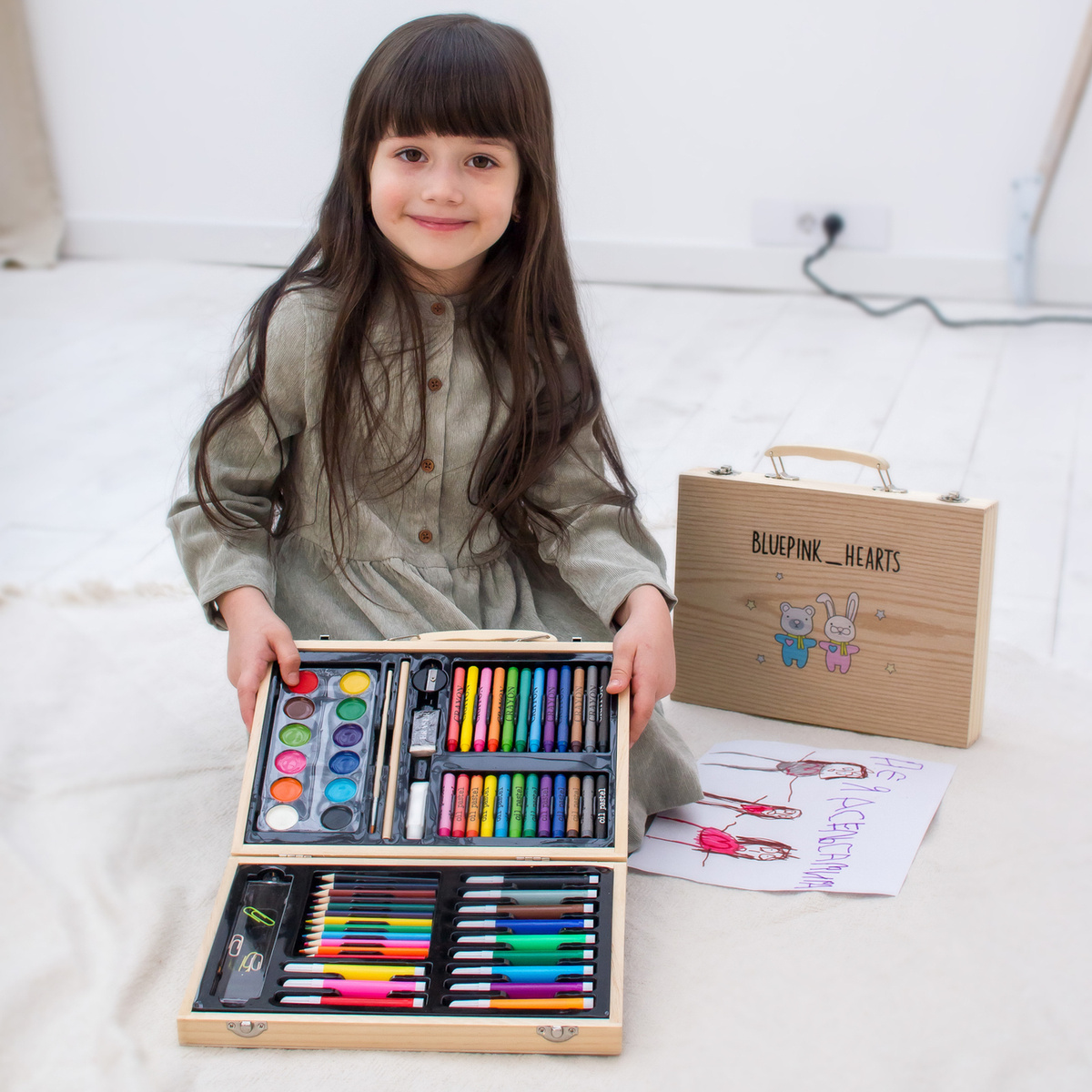Набор для рисования и творчества в маленьком деревянном чемодане,Blue Pink Hearts, подарок для девочки #1
