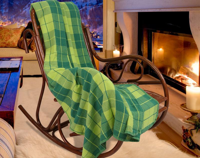 Картинка кресло качалка и пледы