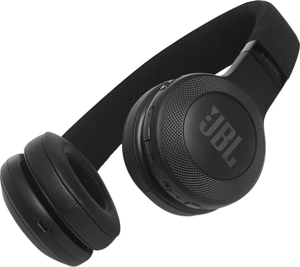 все цены на JBL гарнитура JBL C45 BT Black онлайн