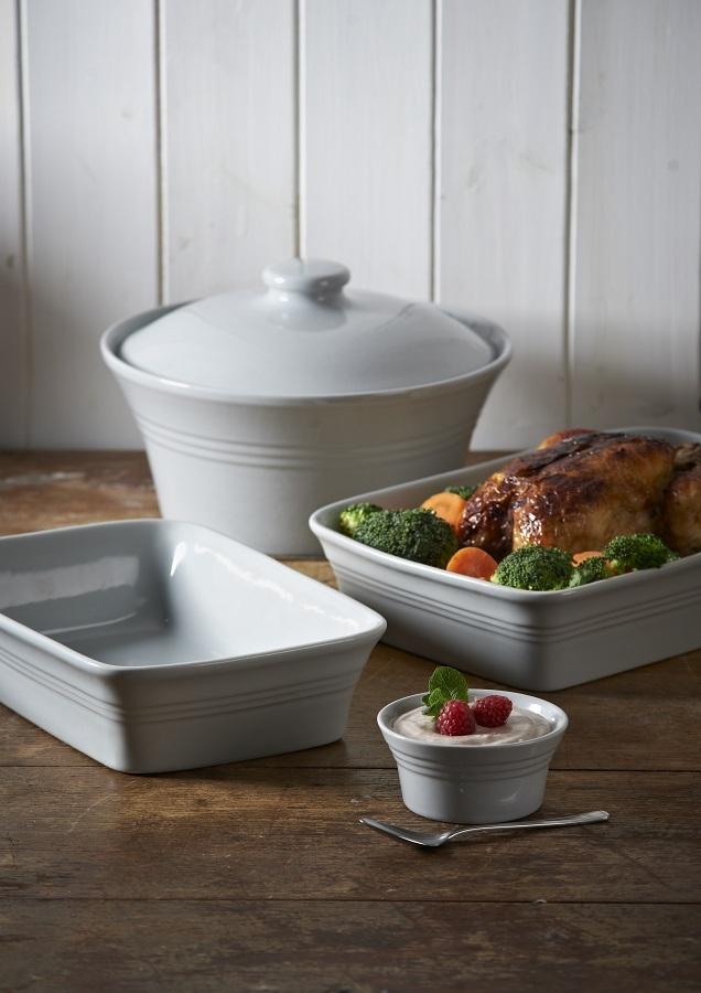 Блюдо для запекания Mason Cash Classic Kitchen прямоугольное 26 см серое
