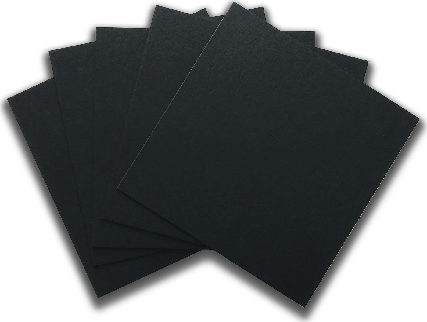 Черный картон, крашенный в массе, толщина 1,25мм, 30х30см, 880 г/м2, 5 шт
