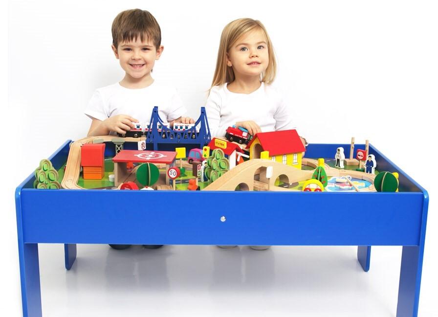 Игровой набор деревянной железной дороги со столом База Игрушек, 88 деталей