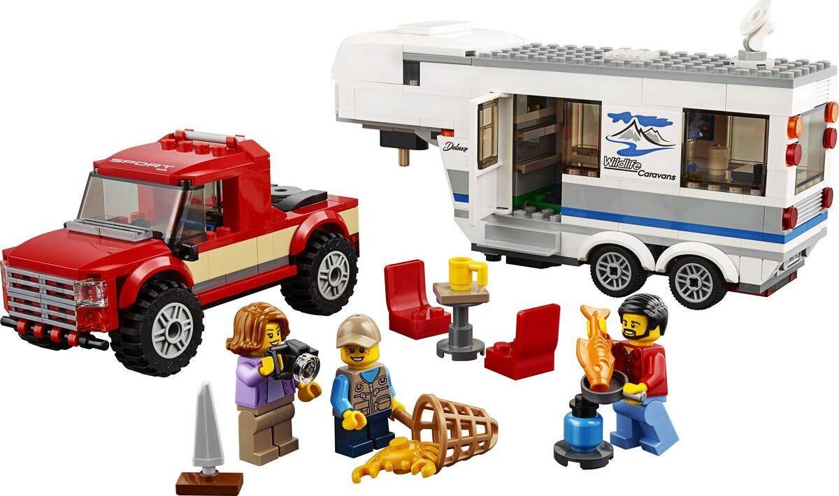 Конструктор LEGO City Great Vehicles Дом на колесах (60182)