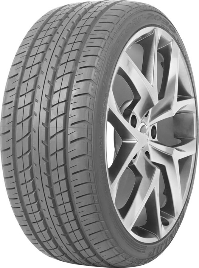 """Шины автомобильные Dunlop 245/40 R18"""" V (до 240 км/ч) 116 (1250 кг) Лето Нешипованные"""