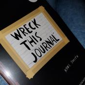 Уничтожь меня! Уникальный блокнот для творческих людей (темный) / Wreck This Journal | Смит Кери #13, Полина П.