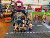 Конструктор LEGO City Town 60233 Открытие магазина по продаже пончиков #9, Юлия Л.