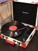 Проигрыватель виниловых дисков Crosley Executive Deluxe, белый, коралловый #15, Светловский Павел